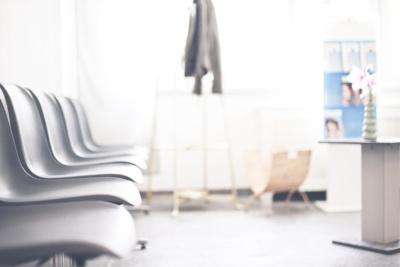 Hautarzt Lichtenberg Berlin - Dr. Hoppe - Wartebereich der Praxis