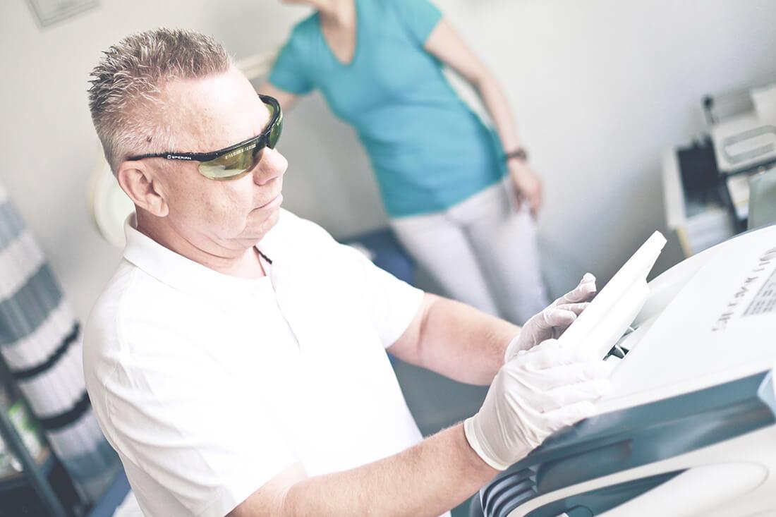 Hautarzt Lichtenberg Berlin - Praxis Dr. Hoppe - Laserbehandlung